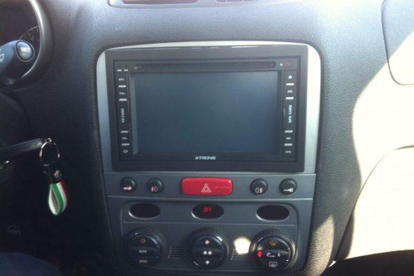 Pourquoi utiliser un autoradio Xtrons 2 DIN?
